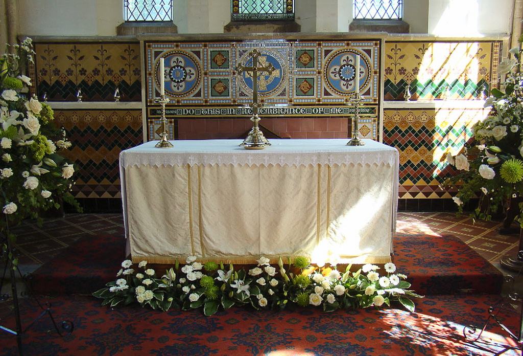Favorito Decorazioni floreali per un matrimonio in chiesa, come sceglierle  OE46