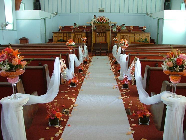 Decorazioni Per La Chiesa Matrimonio : Decorazioni floreali per un matrimonio in chiesa come sceglierle