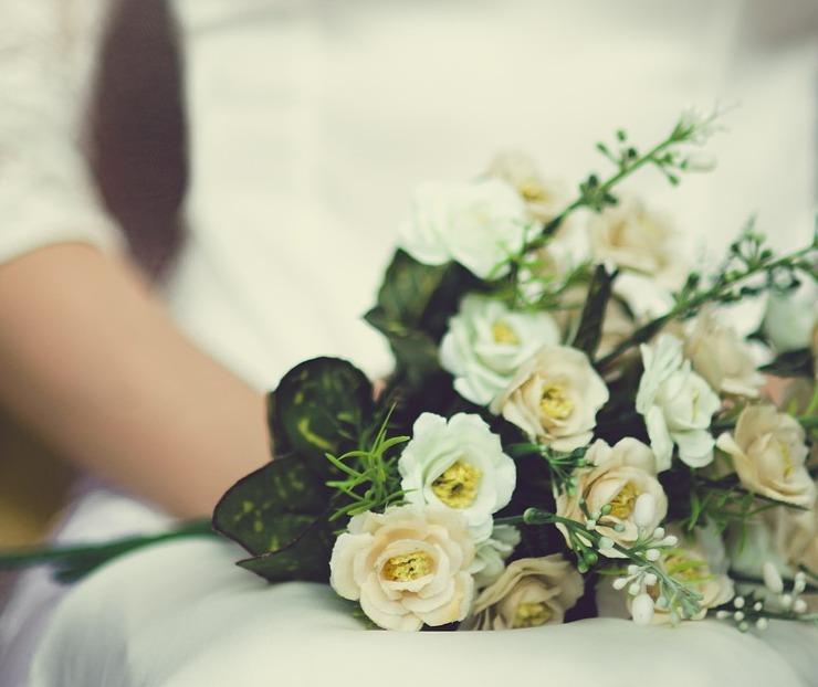 Nomi Fiori Bianchi Matrimonio.Fiori Bianchi Per Un Matrimonio Classico Idee E Abbinamenti Per