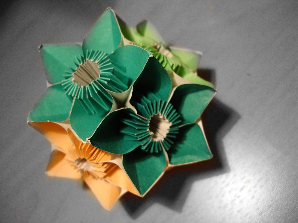 Fiori Kusudama.Come Realizzare Un Bouquet Kusudama Per Decorare La Casa Con I